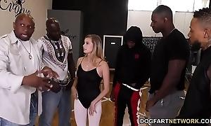 Carolina bon-bons interracial team fuck
