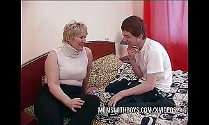 Bbw mature mother seduces scions side