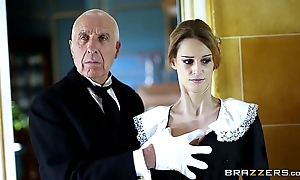Brazzers - british newborn erica fontes receives pounded