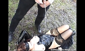 Dogging become man pie-eyed above unconnected with 10 studs regarding a car park