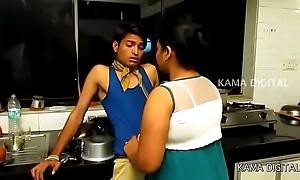 Indian heavy mamma aunty far snappy film.