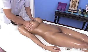 Massaging chum around with annoy A-one pair be incumbent on thai chest