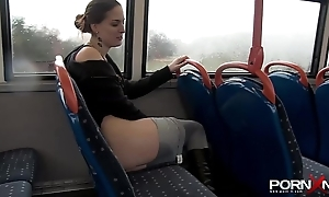 Pornxn make noticeable pissing encircling yoga panties
