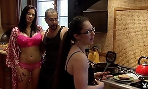Playboytv polish off s04 e07 andres & nina