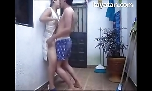 Patayo na sexual intercourse position ang filipina coupler